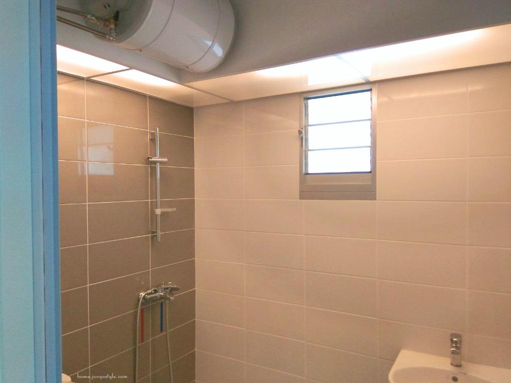 BTO Toilet Acrylic