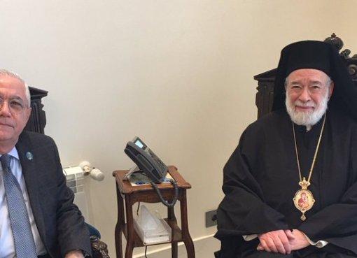 اجتماع عمار حوري مستشار رئيس الحكومة اللبنانية مع المطران إلياس عودة