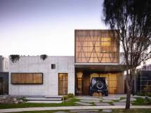 House with Concrete Architecture