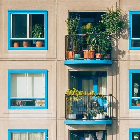 How to keep apartment cool without AC summary