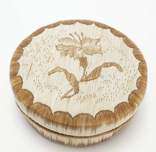 Anishinaabe quilled birch bark basket
