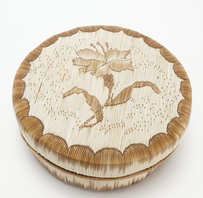Anishinaabe quilled birch bark basket