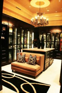 Luxury closets ideas  Home And Decoration