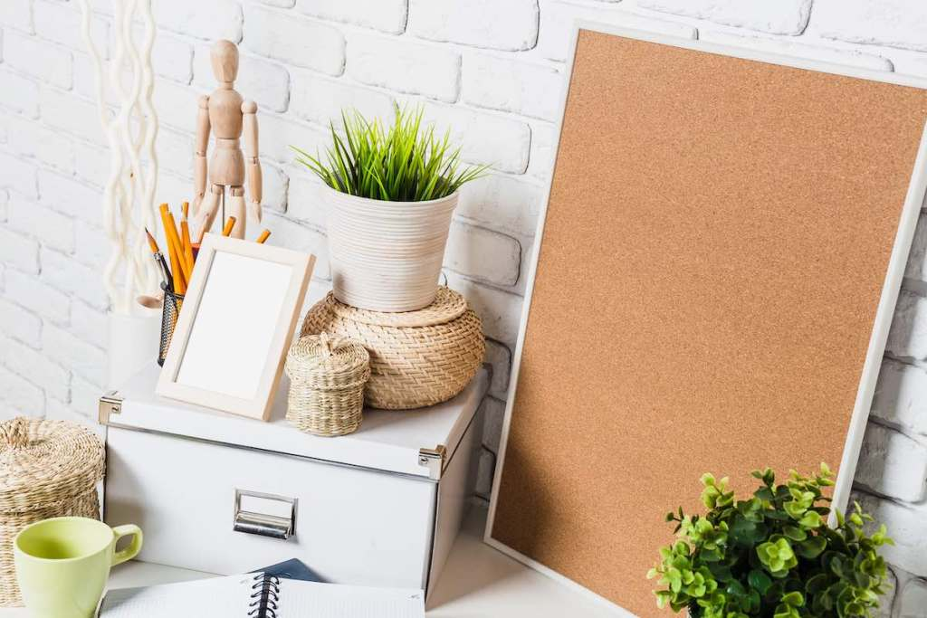 best cork boards and best bulletin boards for organization