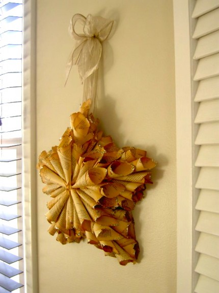 Book Page Star Wreath