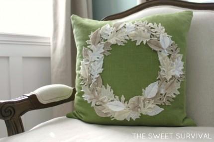 Harvest Circle Felt Leaf Pillow