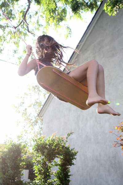 skateboard-deck-swing