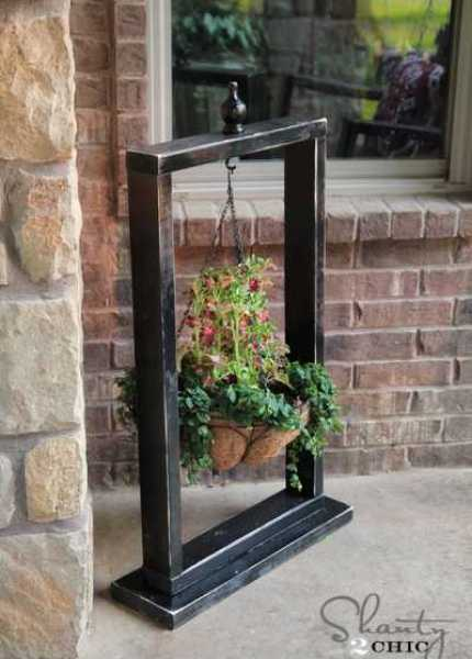 Hanging-Basket-Stand