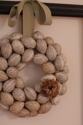 book-page-egg-wreath