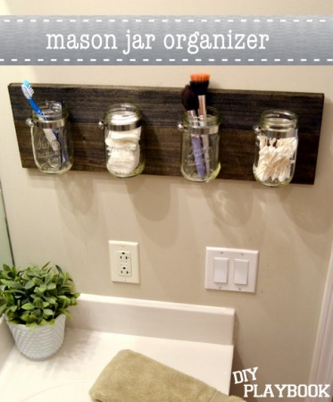 Mason-Jar-Bathroom-Organizer
