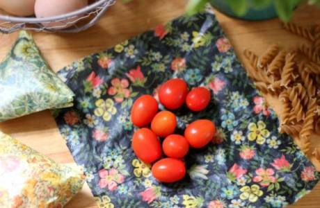 Make Your Own Beeswax Food Wrap