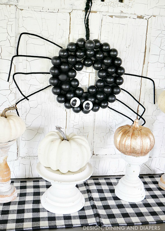 DIY Halloween Spider Wreath
