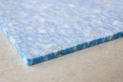 Kročejová izolace pod koberec