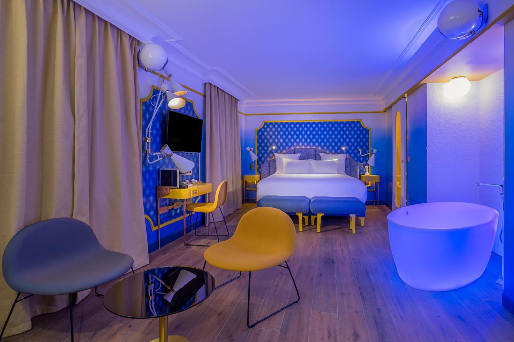 SUITE_BLUE_SUNSHINE_3_-_IDOL_HOTEL_-_PARIS_8