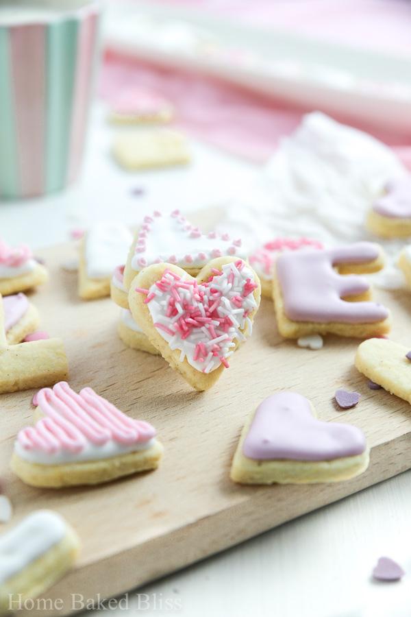Valentine's Day Cookies, Valentine's Day dessert, cookie recipe, cookie decorating, heart cookies