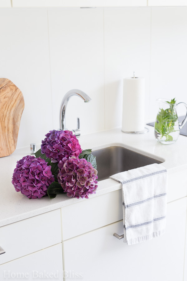 Get inspired with these minimalistic kitchen decor ideas!