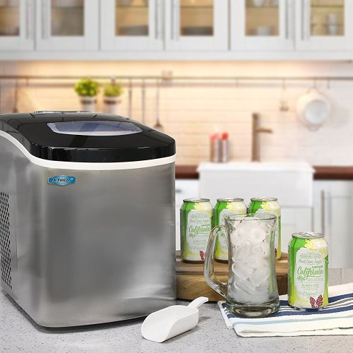 This is a great portable ice maker for boat use, camping use, and/or in your RV.