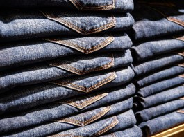 Buying Bulk Clothing and Selling It As Your Own Design Line