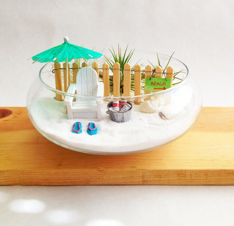 Fairy Garden Ideas: Gillian's fun island miniature garden ideas