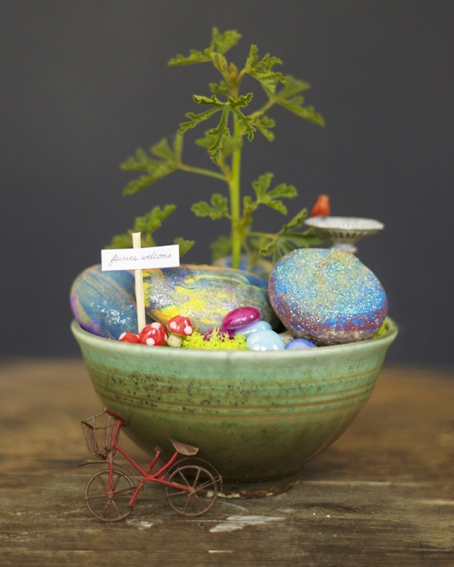 Fairy Garden Ideas: Simplicity place miniature garden ideas