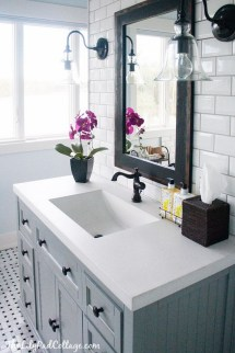 Gray Bathroom Decor Ideas