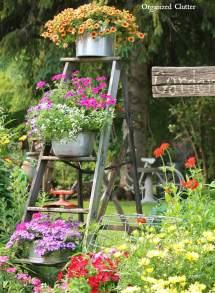 Vintage Garden Decor Ideas