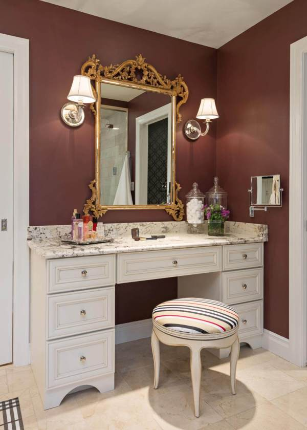 Stunning Makeup Vanity Decor Ideas - Style Motivation