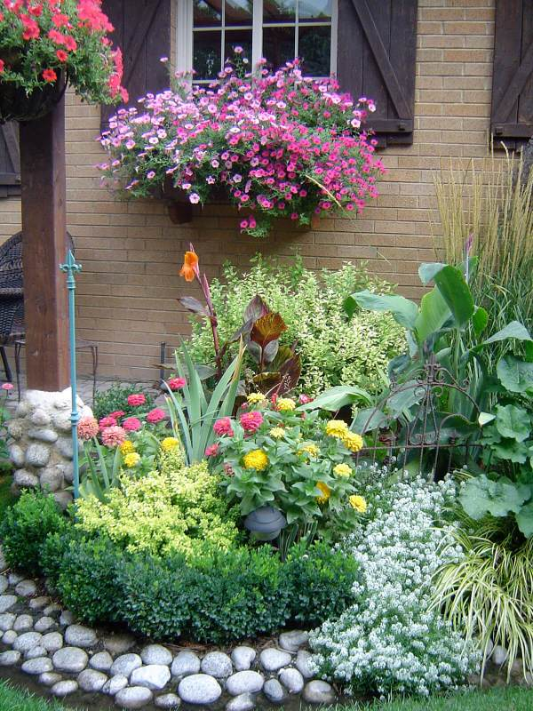 flower bed ideas decorations