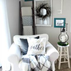Corner Living Room Furniture Ideas Large Mirrors For Wall 35 Best Farmhouse Decor And Designs 2019 Cozy Armchair A Quilt Display