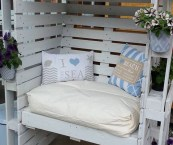 Using Pallets For Outdoor Furniture