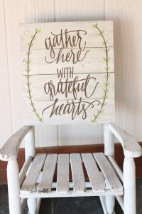 26 Best Rustic Wood Sign Ideas and Designs with ...