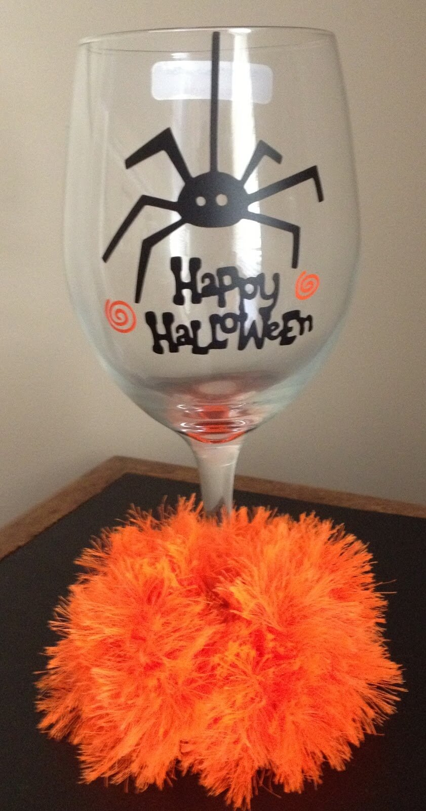 26 Best Wine Glass Decorating Ideas and Designs for 2019