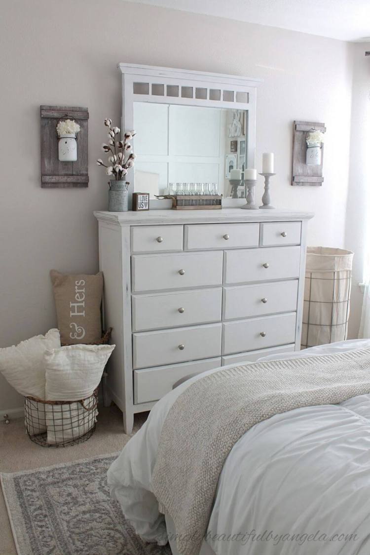 14 Best Rustic Chic Bedroom Decor And Design Ideas For 2021