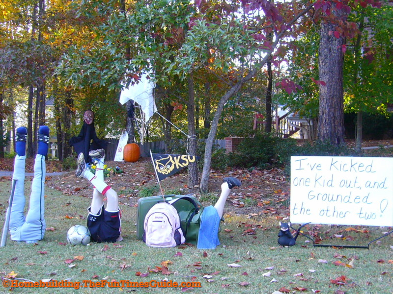 One Of A Kind Halloween Yard Decoration Ideas The Homebuilding Remodeling Guide