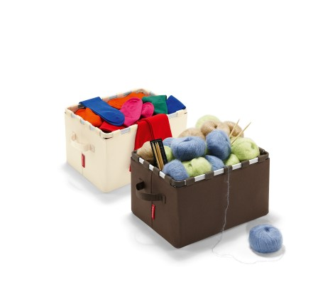 Pudełko framebox (https://www.homebutik.pl/reisenthel-rgt6020-pudelko-framebox-sand-poliester-18-l-22x28x38-cm,k011005005,a3561.html)