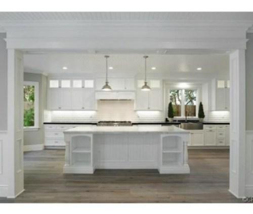 Judd-Apatows-home-kitchen-2-e25f28-576x430