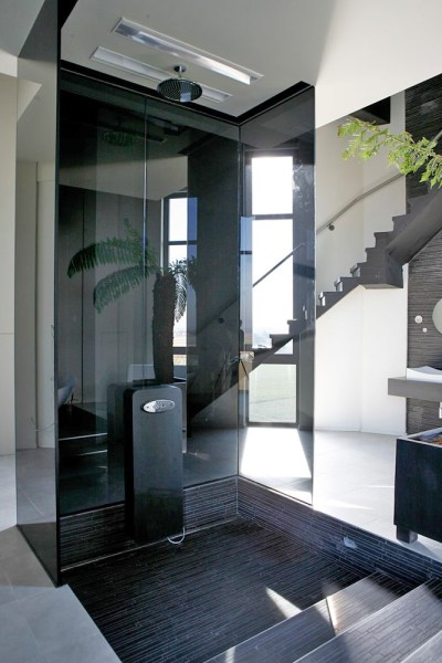 water_tower_converted_to_house_15