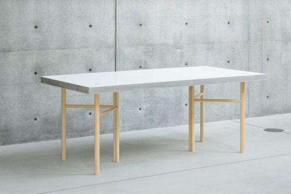 Sponge Table for a light feel (3)