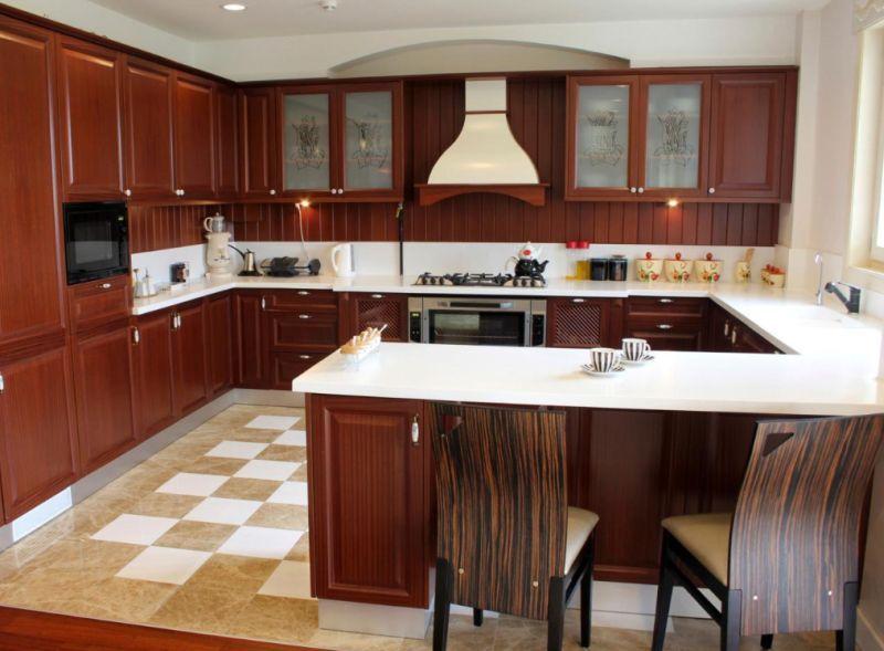 Peninsula design kitchen