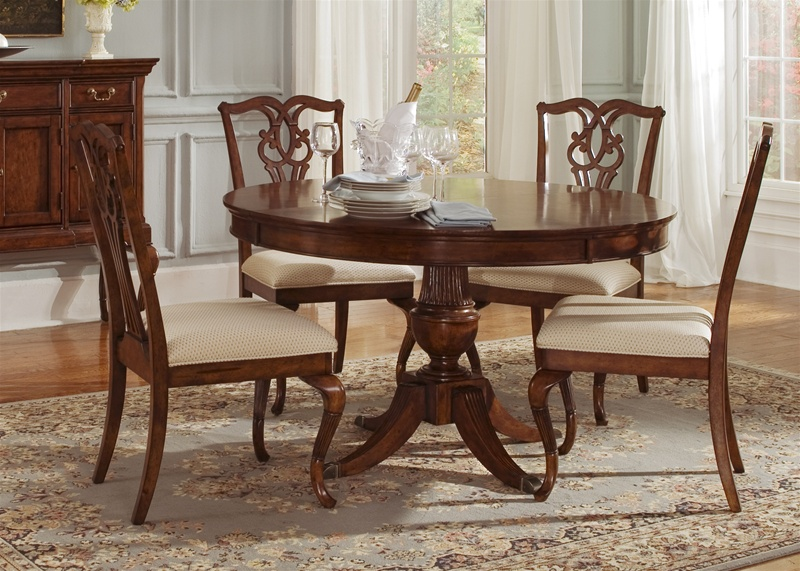 Ansley Manor Round Pedestal Table 5 Piece Dining Set In