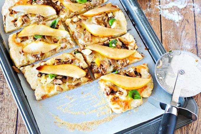 Leftover Turkey and Pear Pizza Recipe