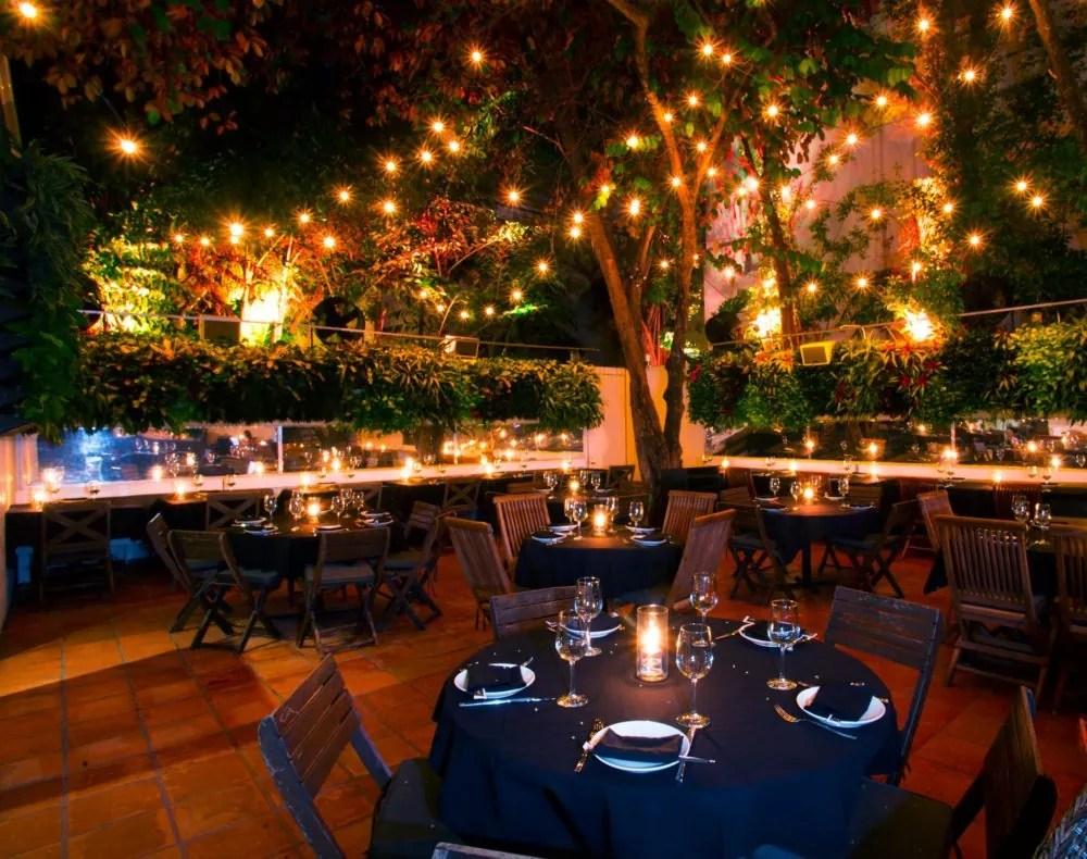 miami outdoor restaurant furniture
