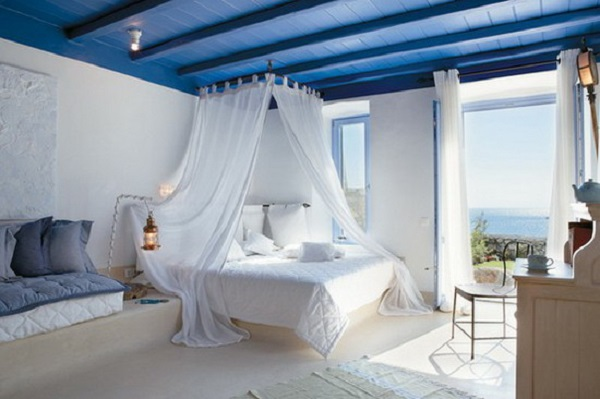 modern-master-bedroom-decorating-with-blue-and-white-color-scheme