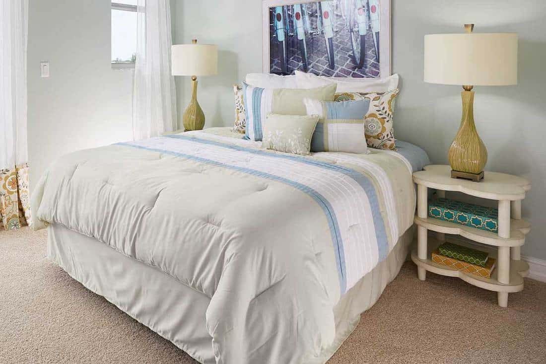 12 shabby chic bedding sets for a
