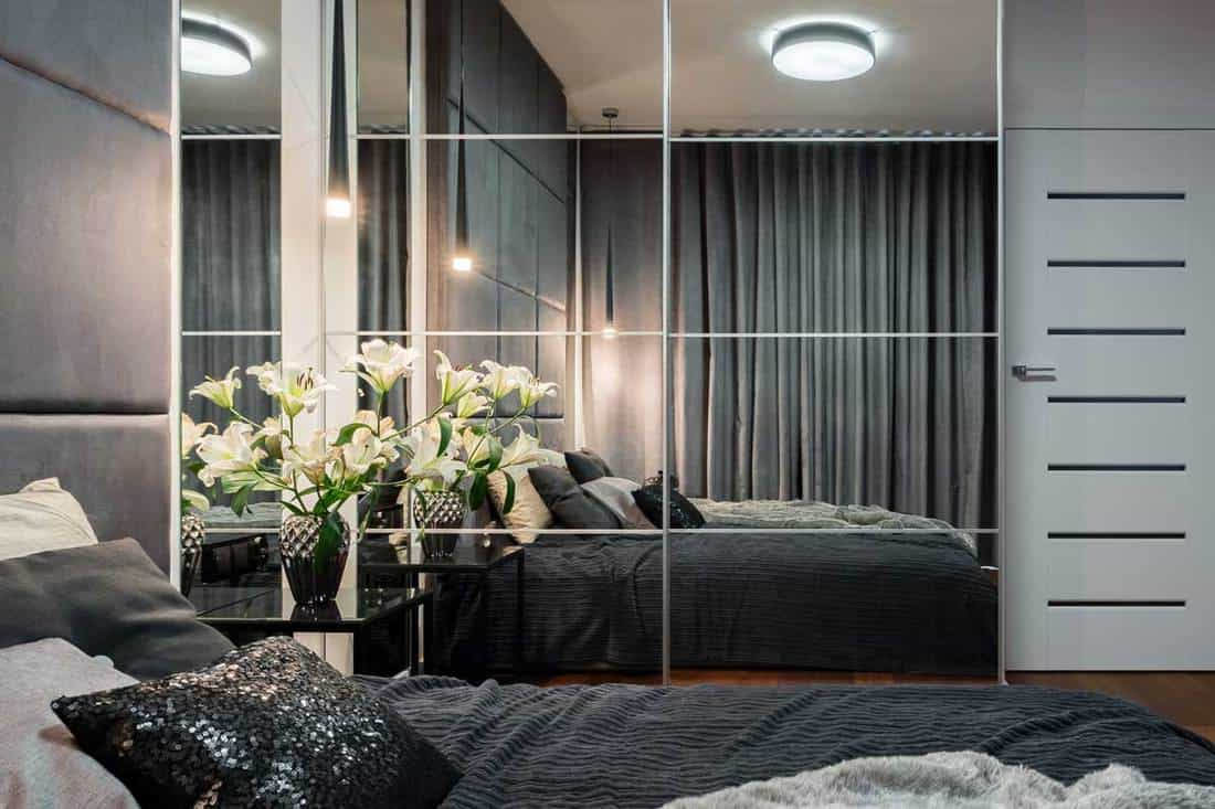 should bedroom curtains be long or