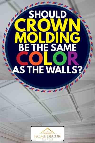 İç kısımdaki tavan pervazları, açılı tavan süpürgeliklerinin ve lambaların detayı, taç pervazının duvarlarla aynı renkte olması gerekir