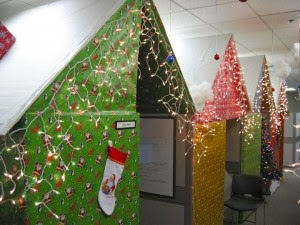 Office Cubicles – Holiday Decor Ideas