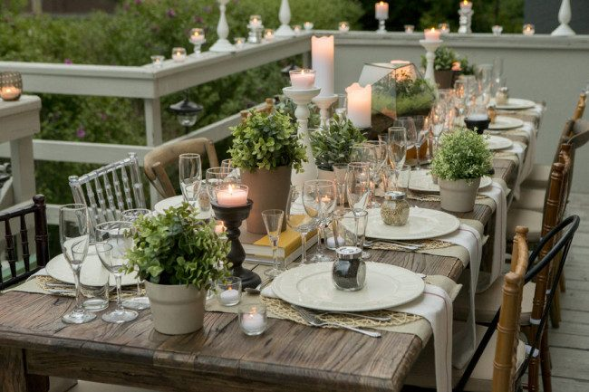 black and white table setting ideas
