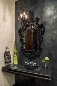 Best Gothic Black Mirrors | Home Decor Ideas