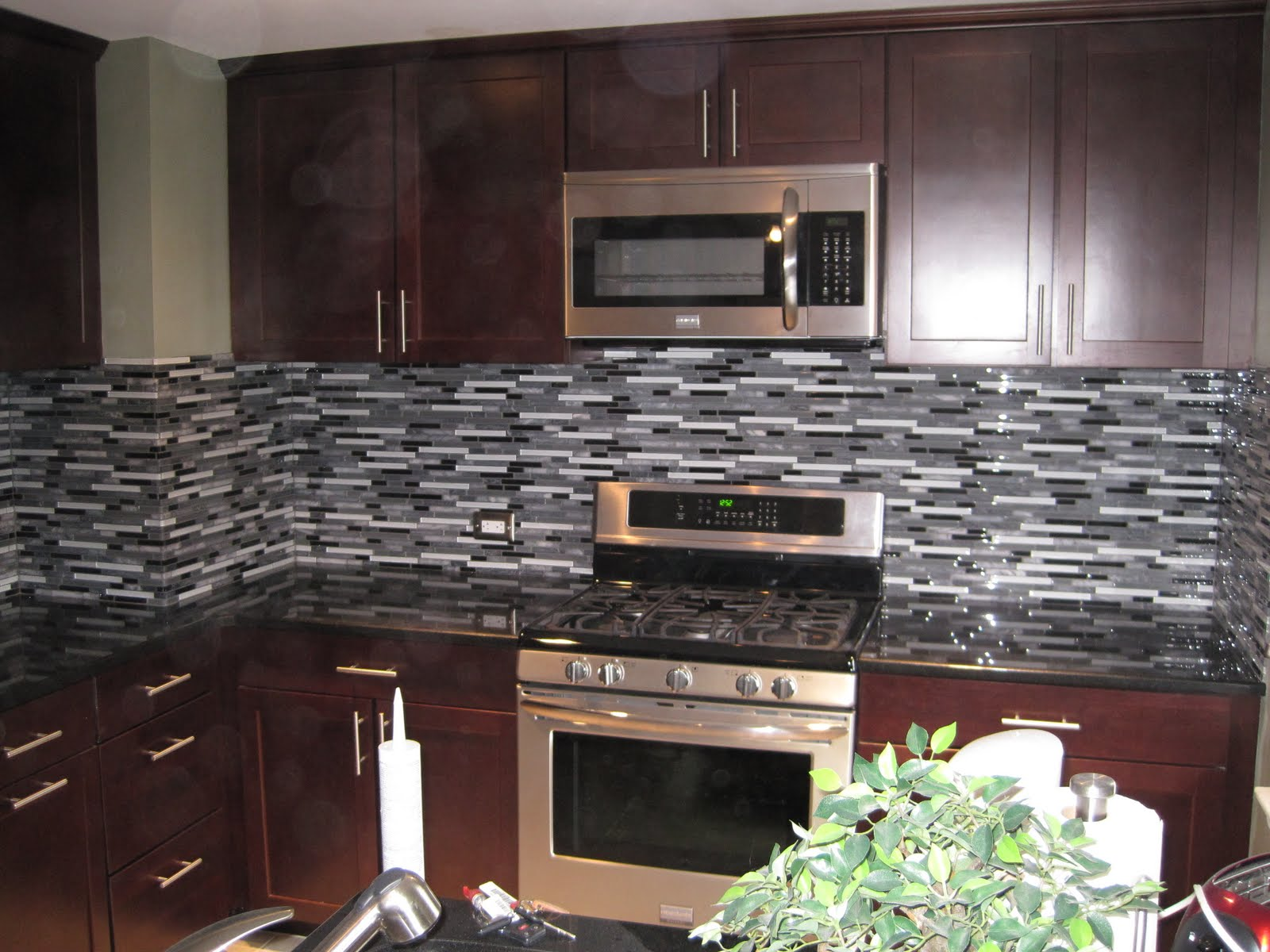 wall tiles for kitchen cabinets alexandria va ideas with images